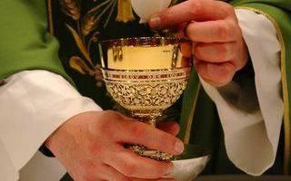 Что нужно для крещения взрослых. Крещение взрослого – обычаи и порядок проведения таинства