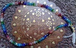 Мусульманская молитва на четках
